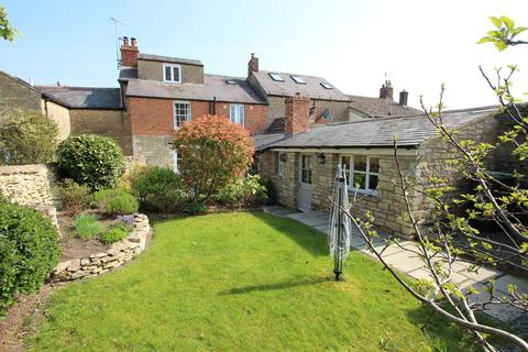 4 bedroom townhouse for sale - Newland, Witney