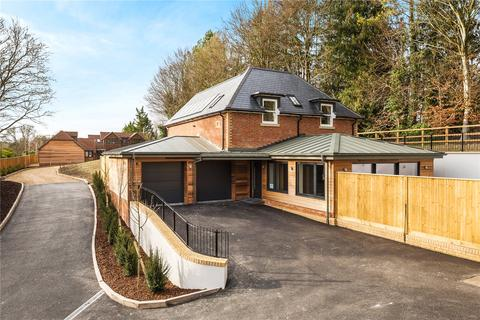 4 bedroom detached house for sale - Main Road, Itchen Abbas, Hampshire, SO21