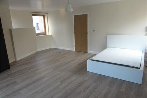 3 bedroom flat to rent - Priory Place, Coventry, West Midlands