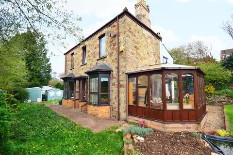 3 bedroom detached house for sale - Scarletts Well Road, Bodmin