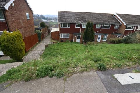 3 bedroom end of terrace house to rent - Tenterden Rise, HASTINGS, East Sussex