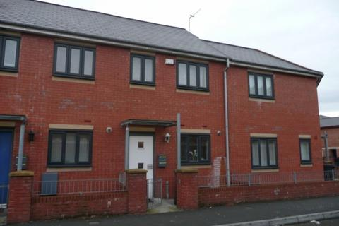 2 bedroom terraced house to rent - Reilly Street. Hulme, Manchester, M15 5NB