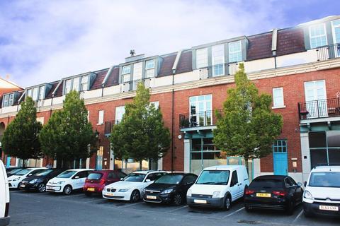 2 bedroom apartment to rent - Main Street , Dickens Heath