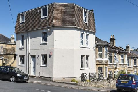 1 bedroom apartment to rent - South Avenue, Bath