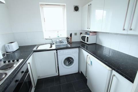 2 bedroom apartment - Highfield Street, Liverpool