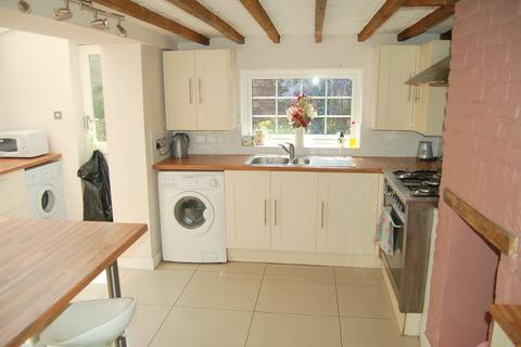 4 bedroom house to rent - Spring Road, Bournemouth, Dorset