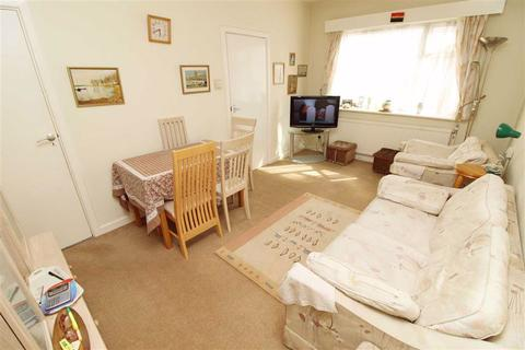 2 bedroom apartment for sale - Wilbury Lodge, Hove, East Sussex