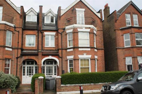 Studio to rent - Park Avenue, London
