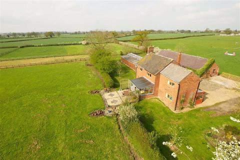 4 bedroom detached house for sale - Ossage Lane, Whitchurch, SY13