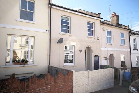 3 bedroom house to rent - Leckhampton GL53 0EJ