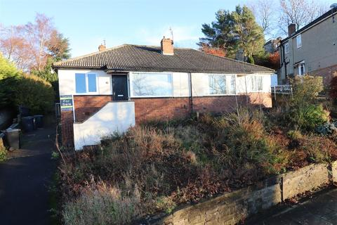 2 bedroom semi-detached bungalow to rent - Derwent Road, Bradford, BD2