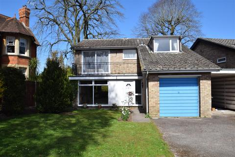 4 bedroom detached house to rent - The Mount, Caversham, Reading