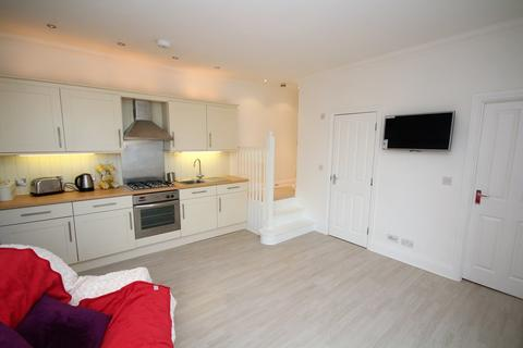 1 bedroom apartment to rent - Walpole Road, Bournemouth, BH1