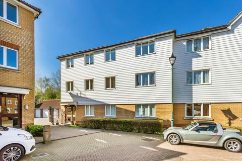 2 bedroom apartment for sale - Paddock Close, Edenbridge, TN8
