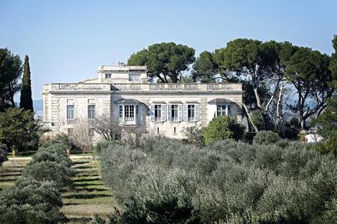 11 bedroom detached house  - Tarascon, Bouches Du Rhone, Provence