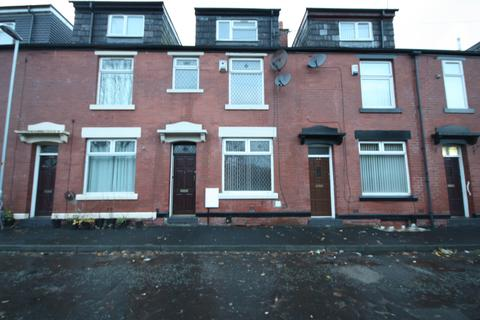 4 bedroom terraced house to rent - Kellet Street , Rochdale OL16