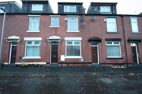 4 bedroom terraced house to rent - Kellet Street , Rochdale OL16
