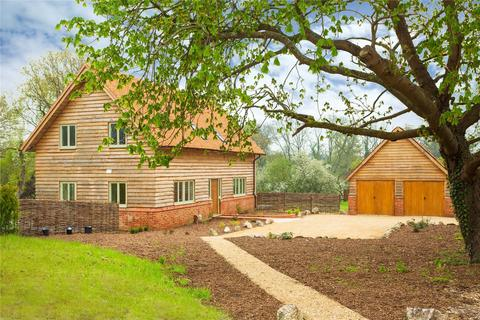 3 bedroom detached house for sale - Denham Lane, Chalfont St. Peter, Gerrards Cross, Buckinghamshire