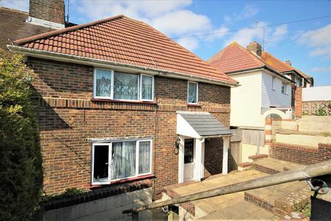 5 bedroom property to rent - Moulsecoomb Way, Brighton