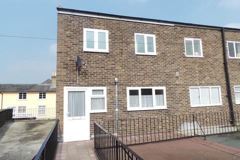 3 bedroom flat to rent - Ipswich Street, Stowmarket, Suffolk, IP14