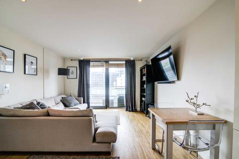 2 bedroom apartment to rent - Block 1,  Kelso Place, St Georges Island, Manchester M15 4LE