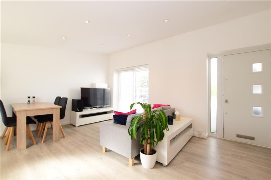 Kitchen /Living Room