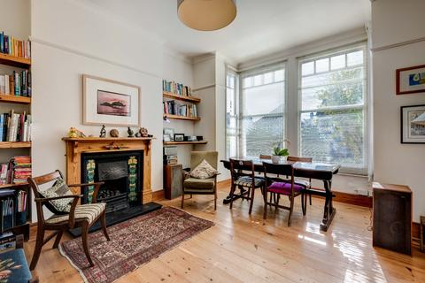 4 bedroom semi-detached house for sale - Beaconsfield Villas, Blakers Park, Brighton