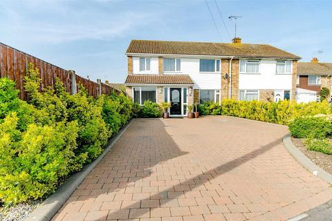 4 bedroom semi-detached house for sale - Iden Crescent, Tonbridge, Kent, TN12