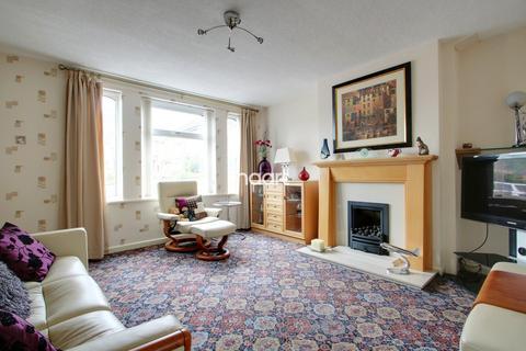 2 bedroom semi-detached house for sale - Stoneton Grove, Weoley Castle, Birmingham