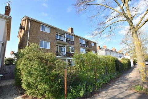 2 bedroom flat for sale - Pitt House, Hewlett Road, CHELTENHAM, Gloucestershire, GL52 6AS
