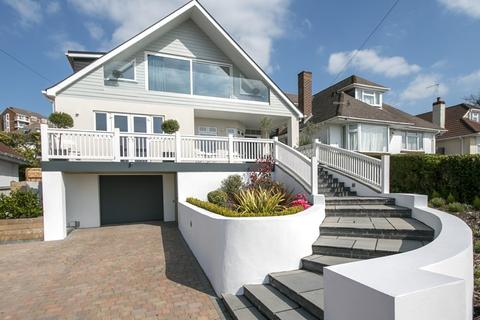 4 bedroom detached house for sale - Courtenay Road, Ashley Cross, Poole