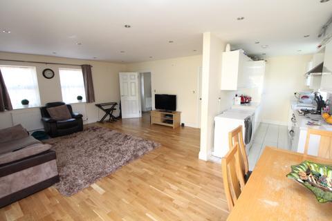 4 bedroom semi-detached house to rent - Pickford Road, Bexleyheath, DA7