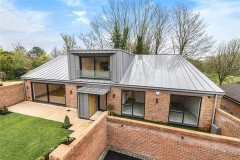 4 bedroom detached house for sale - Compton Close, Winchester, Hampshire, SO22