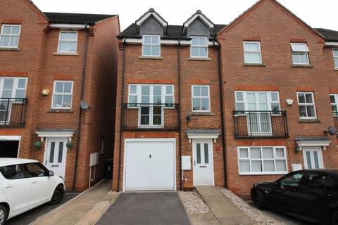4 bedroom townhouse to rent - Larch Gardens, Bilston