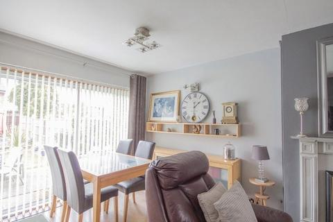 3 bedroom semi-detached house for sale - BUXTON DRIVE, MICKLEOVER