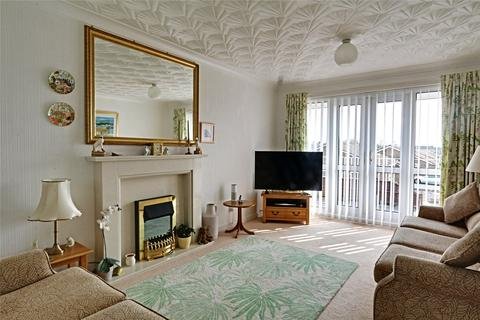 2 bedroom apartment for sale - Wentworth Close, Willerby, Hull, East Yorkshire, HU10