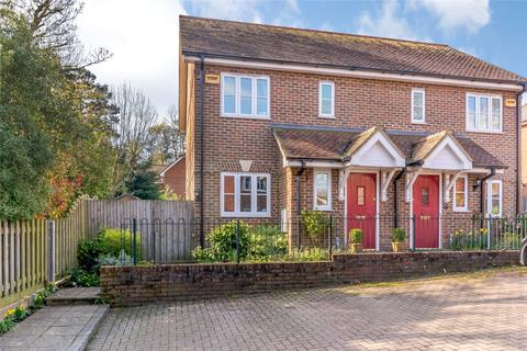 2 bedroom semi-detached house for sale - Crockers Mead, Gore End Road, Ball Hill, Newbury, Hampshire, RG20