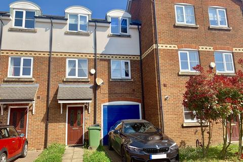4 bedroom townhouse for sale - Bosman Close, Maidstone