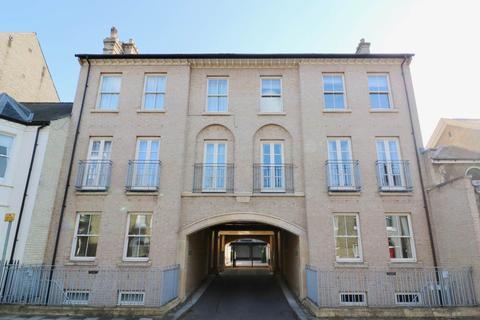 2 bedroom flat to rent - Christ's Court, Victoria Street, Cambridge