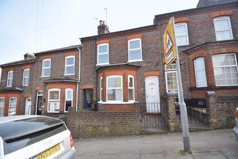 3 bedroom terraced house to rent - Tennyson Road, Luton