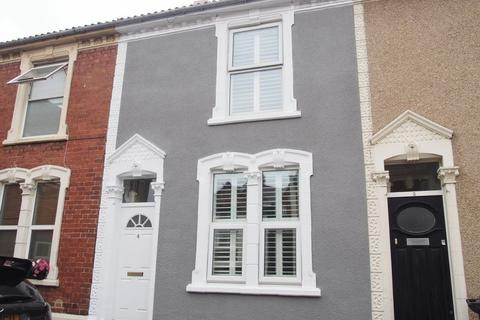 2 bedroom terraced house to rent - Handel Avenue, Bristol