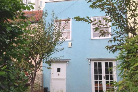 2 bedroom terraced house to rent - Richmond Dale