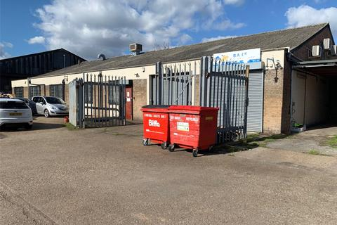 Industrial unit to rent - Rippleside Commercial Estate, Ripple Road, Barking, IG11