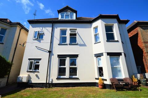 2 bedroom apartment to rent - Harvey Road, Bournemouth