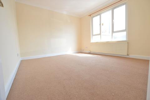 3 bedroom detached house to rent - Chalvey Grove, Slough