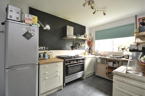 3 bedroom semi-detached house to rent - Dovercourt Road, Horfield, BS7
