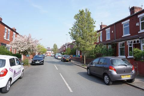 3 bedroom terraced house to rent - Delamere Road, Levenshulme, M19