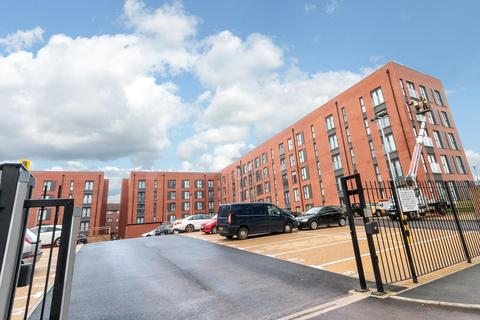 3 bedroom apartment to rent - Delaney Building, Derwent Street, Salford