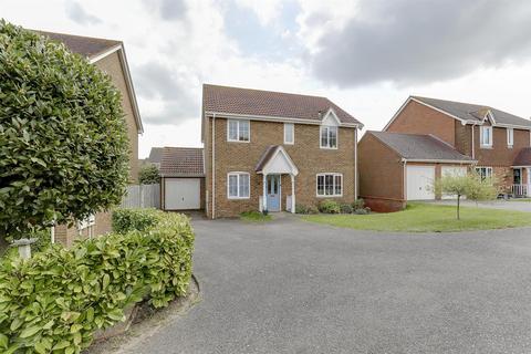 4 bedroom detached house for sale - Scoones Close, Bapchild, Sittingbourne
