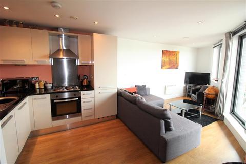 2 bedroom flat for sale - Echo Central 2, Cross Green Lane, Leeds
